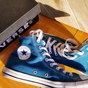 Converse All-Star Chuck Taylor Classic Canvas mid